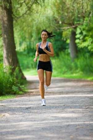 утренний и вечерний бег хорошая профилактика от плоскостопия
