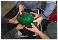 Где взять и где купить украшения из этого камня и сколько они стоят по Москве