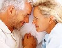 Как должны вести себя женатые мужчина и женщина по отношению друг к другу